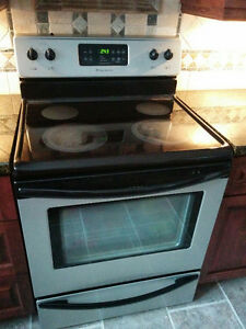"30"" Frigidaire electric smooth top cooking"