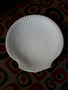 """Wedgwood"" Seashell Serving Plate in ivory-$35"