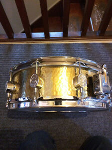 "PACIFIC Hand Hammered B20 Phosphor Bronze Snare Drum 14"" x 5"""