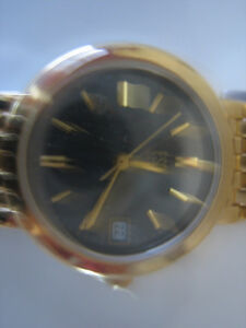 New-Ladies Gold Esquire Watch London Ontario image 3