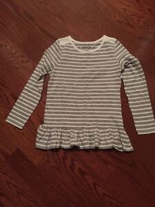 Girl's top BNWT size 10