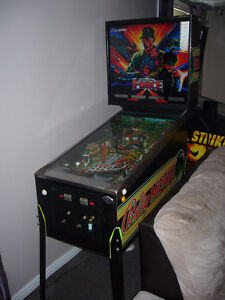 Pinball machine a boules Special Force