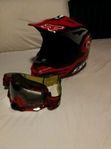 Fox helmet and goggles Large