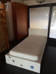 Ikea Malm bed single, white