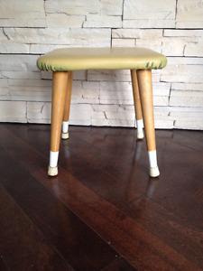 Petit Tabouret *** Vintage  *** Small stool