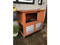 Large hutch with water / wind proof cover