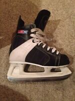 CCM Size 7 Recreational Skates