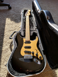 2005 Fender American Deluxe Stratocaster