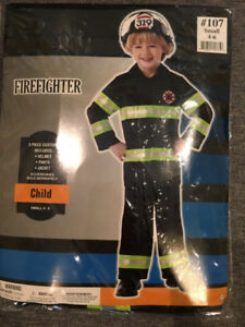 Firefighter Halloween costume (4-6 y.o.)