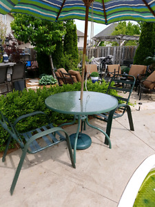 Patio set for 2 in good condition