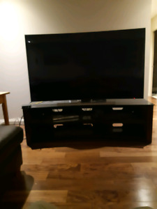 Samsung 9 series 4k curved tv with stand