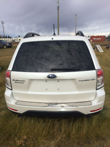 Parting  out 2008 Subaru Forester