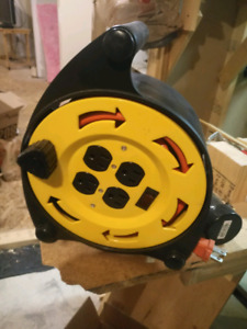 NOMA Extension cord reel