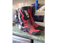Sidi vertigo motorbike boots in red leather