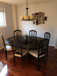 Canadian Made Extendable Wood Dining Table/Set + 6 Chairs