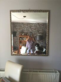 Very large mirror reduced