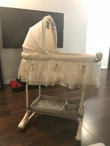 Harriet Bee (Bily) Cronin 2-in-1 Owl Bassinet