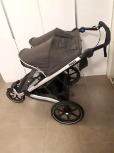 THULE Poussette urban glide double (chariot) utilisée 3 fois
