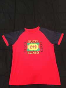 Gucci Men's Red T-shirt