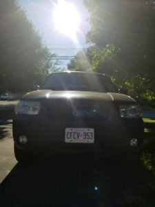 2007 Ford Escape XLT V6 AWD OBO