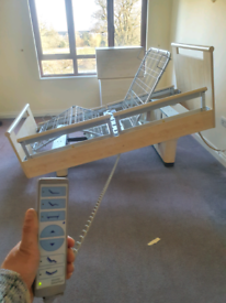 ELECTRIC BEDS FOR THE ELDERLY