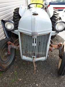 1949 ford tractor