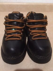 Women's Dakota Steel Toe Work Shoes Size 6 London Ontario image 4