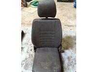Land Rover 90 110 Defender vinyl seat