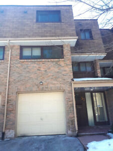 Townhouse for rent in quiet and serene Pickering neighborhood