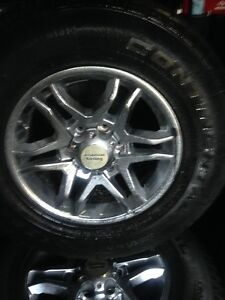 Truck / SUV . Mags & Tires LT or P  (514) 991-3317 James