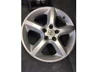 Vauxhall Astra alloy wheels 17inch