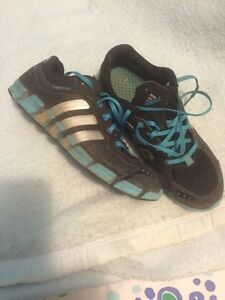 Ladies adidas cool clima sneakers