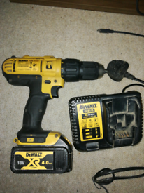 Dewalt 18v drill with 4ah battery and charger