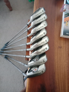 Mizuno golf clubs irons. Tommy Amour