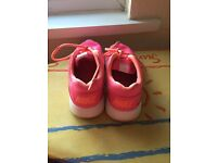 LADIES SIZE 5 Neon PINK NIKE TRAINERS THEY HAVE A SOFT MATERIAL ON TOP