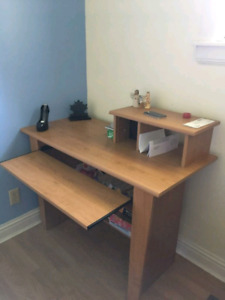Very good condition desk