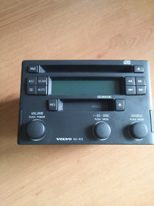 Radio CD Cassete Player Volvo HU-615
