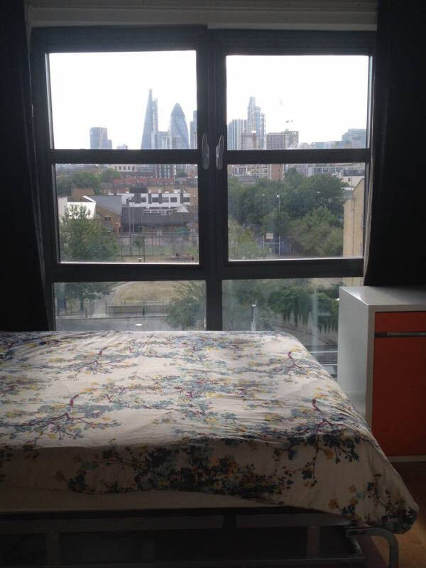 AFFORDABLE DOUBLE ROOM CLOSE TO CANARY WHARF