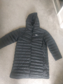 Nike parka down feel size L women New never been worn to big for me
