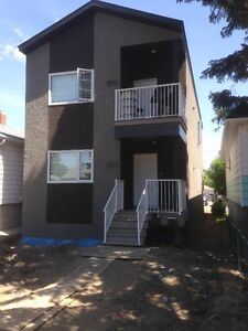 2 Bedroom Upper Suite – Built in 2015, modern, private laundry