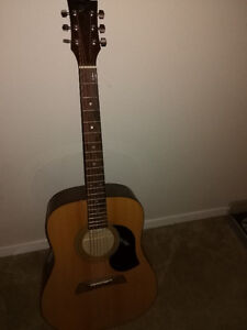 Acoustic Right handed guitar, trade for lefty