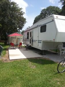 FOR SALE 1997 JAYCO 5TH WHEEEL FLORIDA .LAKE OKEECHOBEE
