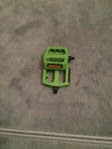 Green bmx Pedals
