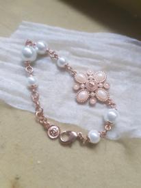 90s C C logo pearl costume jewellery Bracelet