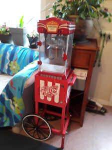 POPCORN MACHINE-Nostalgia Electrics Old Fashioned Kettle