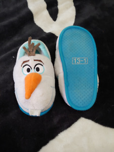 Size 13-1 Olaf Slippers
