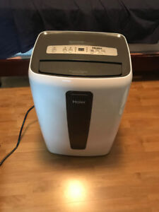 Moving Sell Haier 12,000 BTU Cool/Heat portable air conditioner