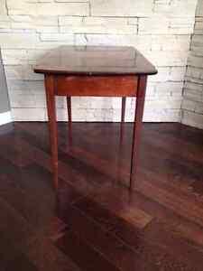 Table de Salon  ***  VINTAGE  ***  Living Room End Table