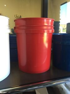 5gal and 3.5gal pails white / blue / red and Cardboard Oakville / Halton Region Toronto (GTA) image 2