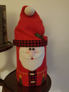 CHRISTMAS STORAGE CONTAINER / COOKIE JAR
